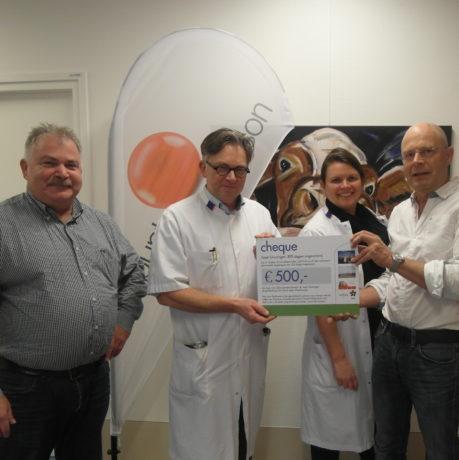 NAM & GLT-PLUS doneren €500,- aan de stichting vrienden van Punt voor Parkinson